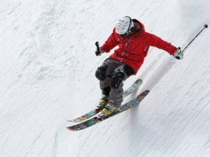 avoid skiing injuries